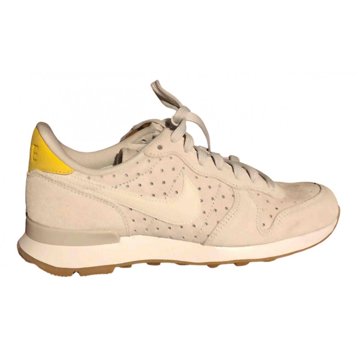 Nike Internationalist Beige Suede Trainers for Women 37.5 EU