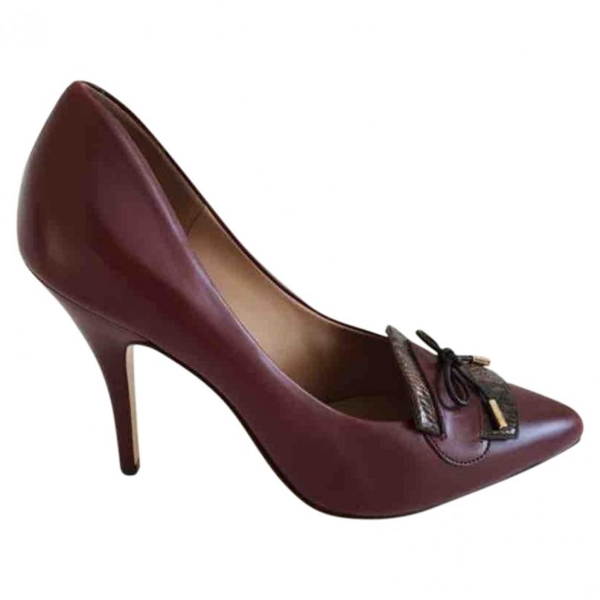 Salvatore Ferragamo \N Burgundy Leather Heels for Women 39.5 EU