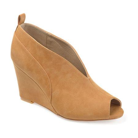 Journee Collection Womens Calista Pumps Wedge Heel, 5 1/2 Medium, Brown