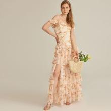 Vestido maxi con fruncido a capas floral de gasa