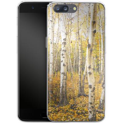 OnePlus 5 Silikon Handyhuelle - Fallen Leaves von Joy StClaire