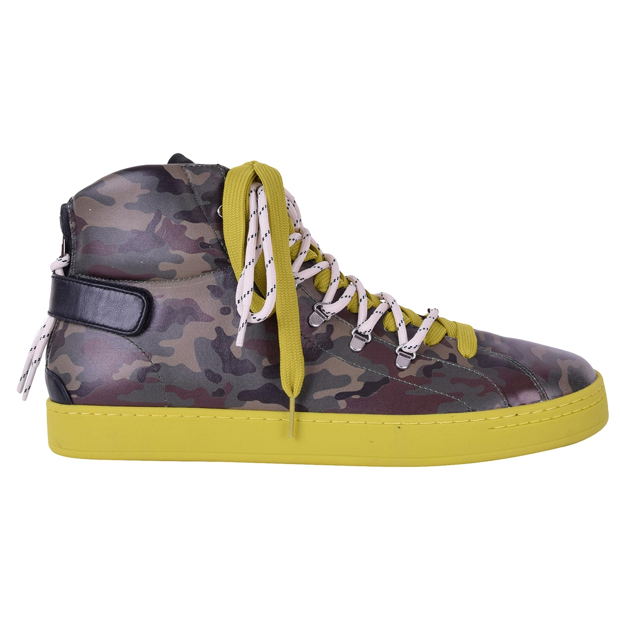 Dolce & Gabbana \N Sneakers in  Khaki Leder