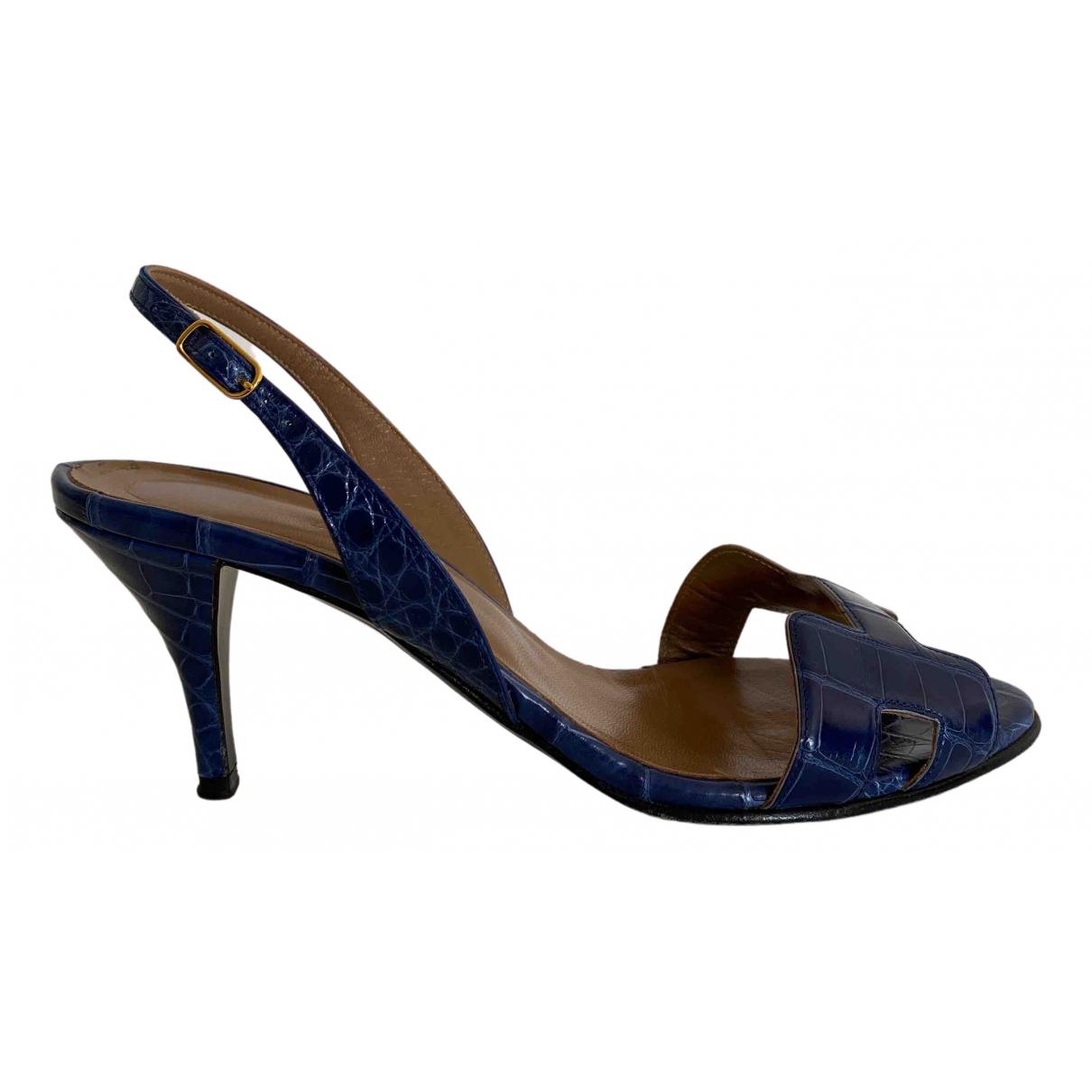 Hermes \N Pumps in  Blau Krokodil