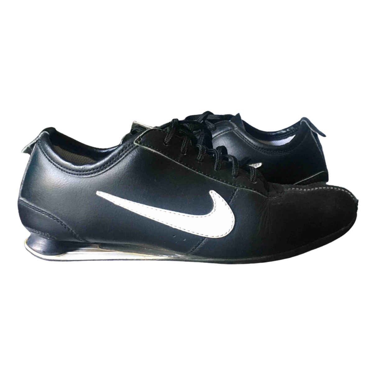 Nike Shox Sneakers in  Schwarz Leder