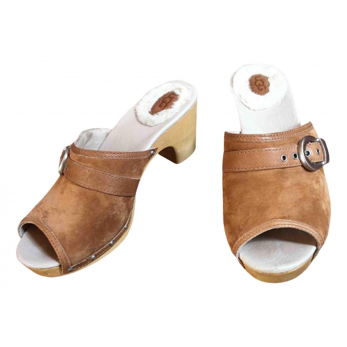 Ugg \N Beige Suede Sandals for Women 38 EU