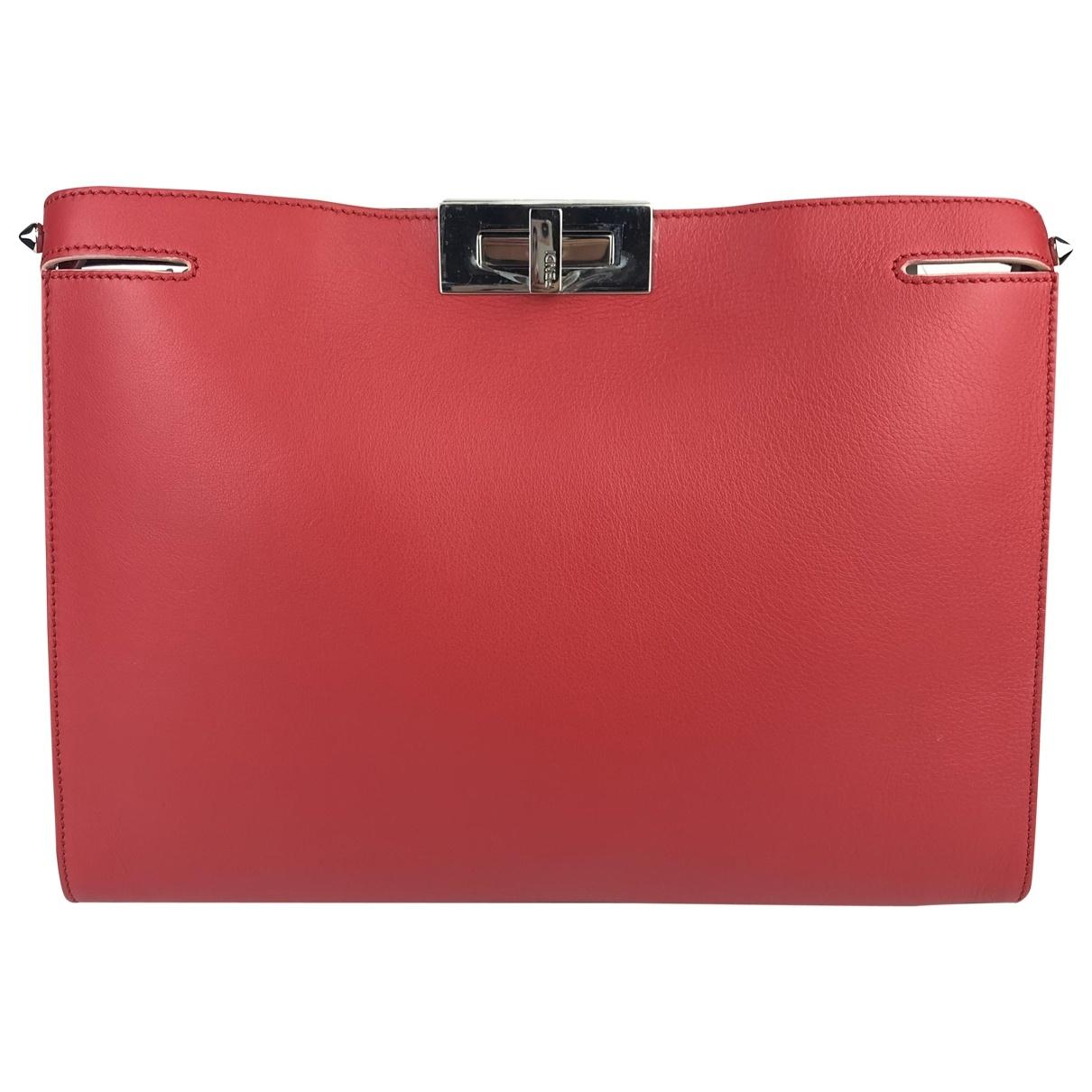 Fendi Peekaboo Red Leather Clutch bag for Women \N