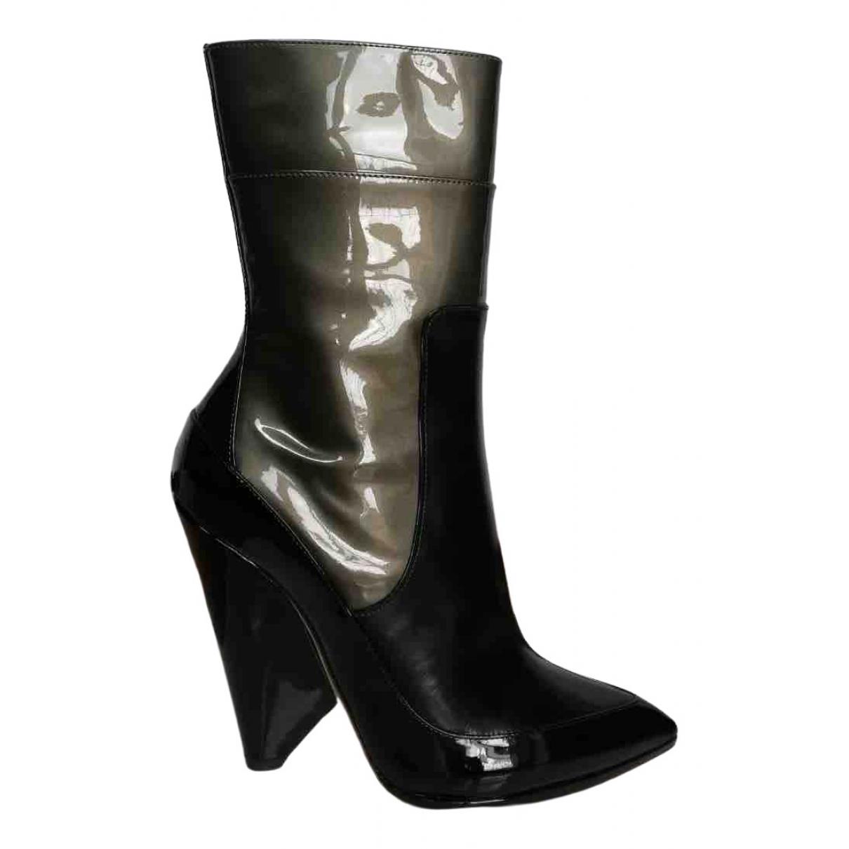 Nina Ricci \N Stiefel in  Schwarz Leder