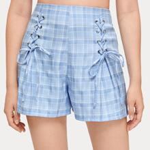Shorts mit Karo Muster und Band