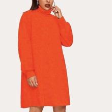 Einfarbiges Sweatshirt Kleid mit hohem Kragen