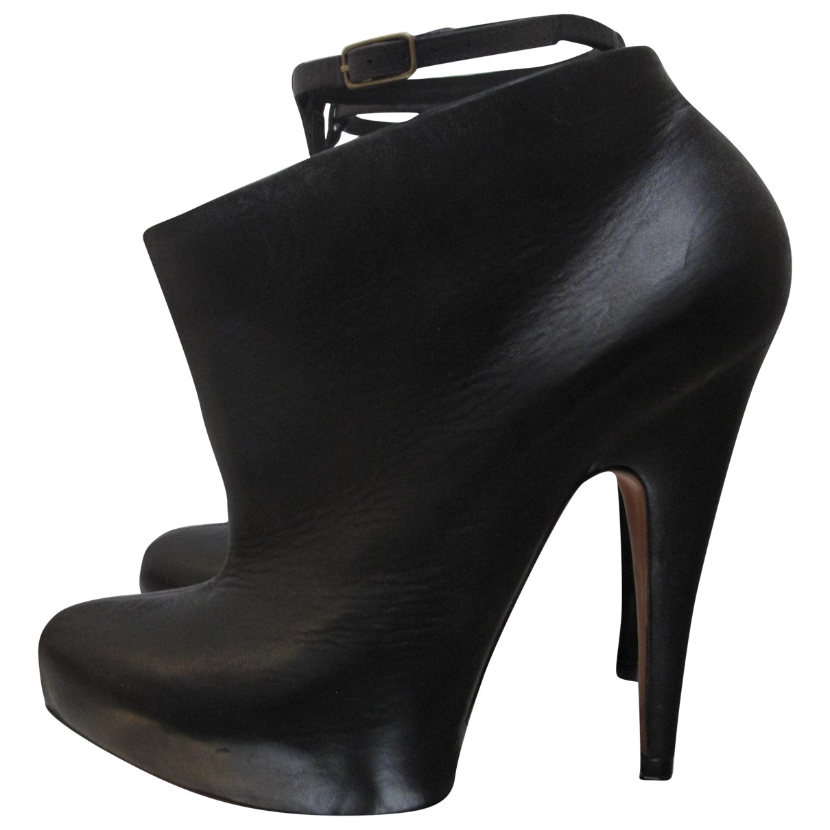 Givenchy \N Black Leather Ankle boots for Women 38.5 EU