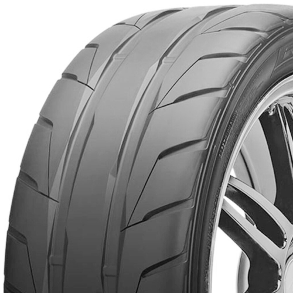 Nitto nt05 P275/30R19 96W bsw summer tire
