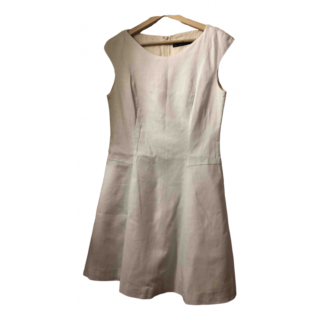 Zara \N White dress for Women 40 FR