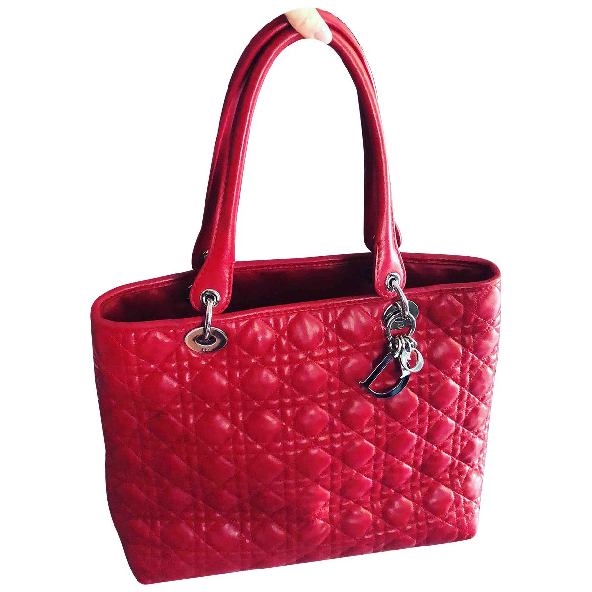 Dior - Sac a main Dior Soft Shopping pour femme en cuir - rouge