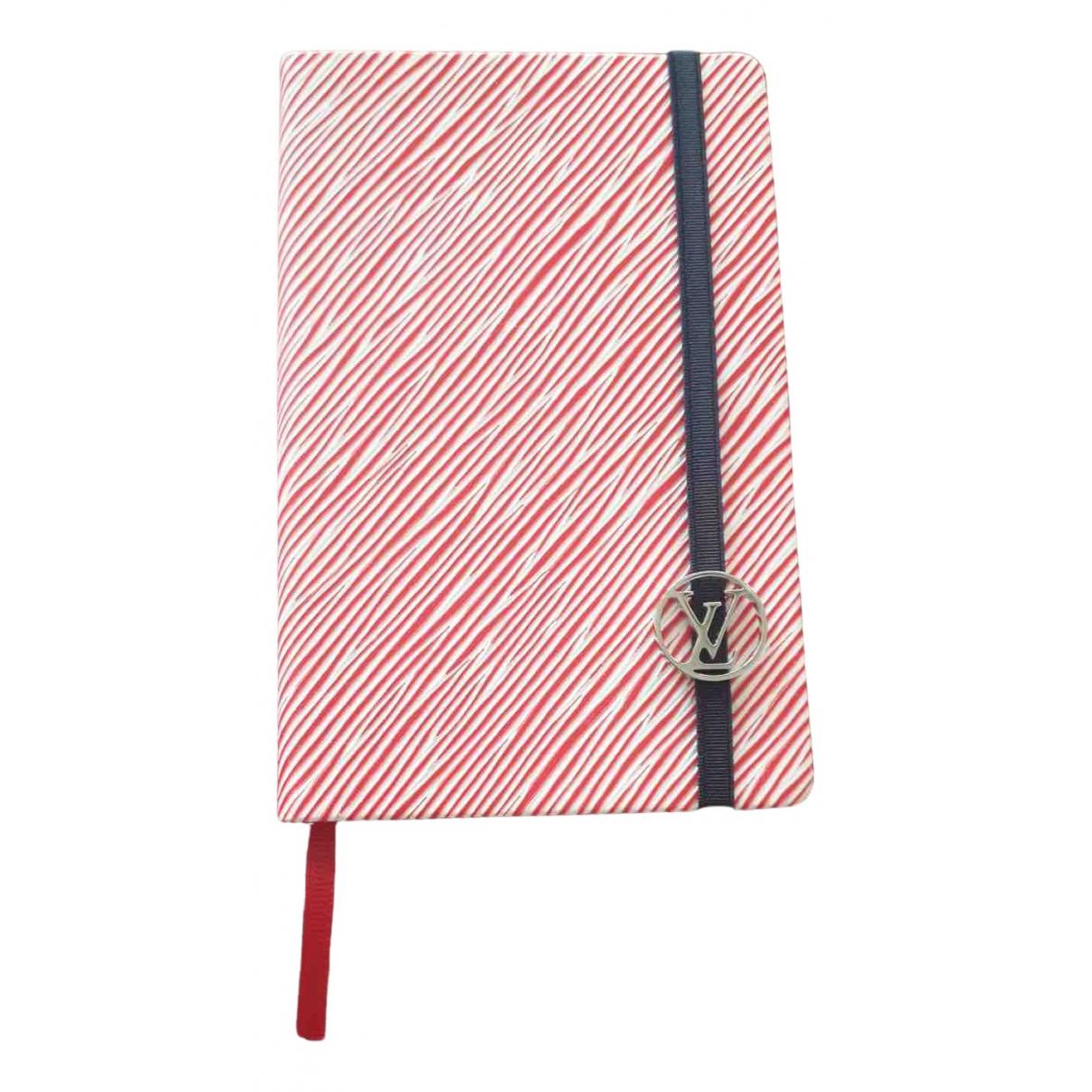 Louis Vuitton \N Accessoires und Dekoration in  Rot Leder