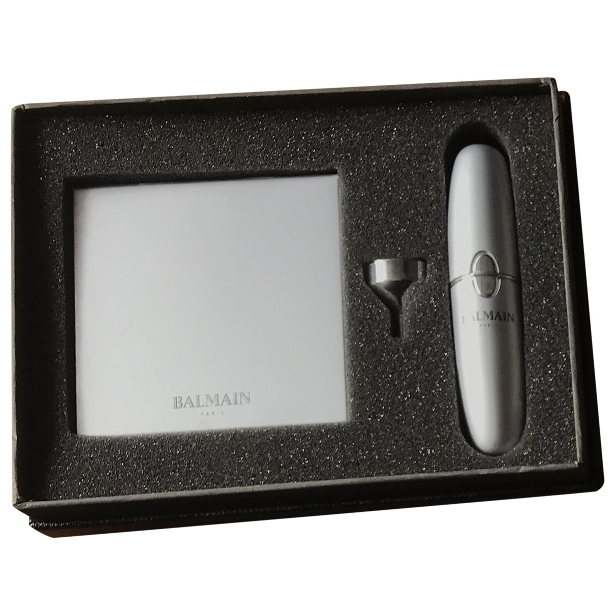 Balmain \N Accessoires und Dekoration in  Silber Metall
