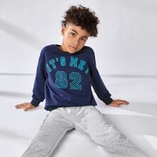 Pullover mit Buchstaben Grafik und sehr tief angesetzter Schulterpartie & Jogginghose Set