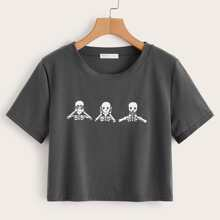 Skull Graphic Crop Tee