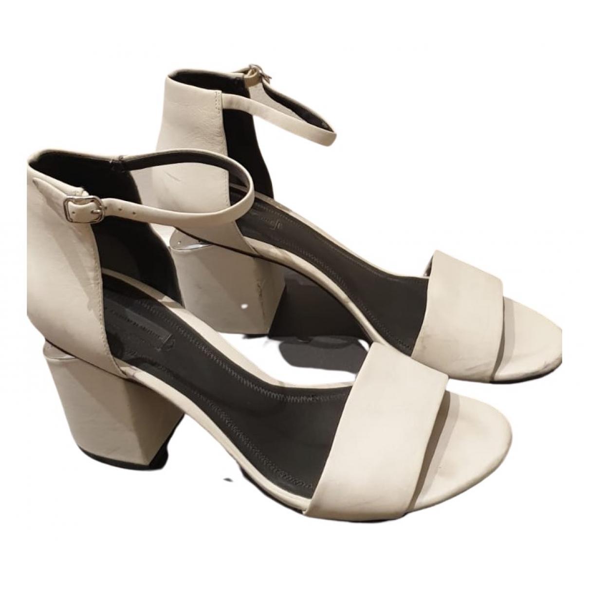 Alexander Wang - Sandales   pour femme en cuir - blanc