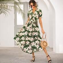 Maxi Kleid mit grossen Blumen Muster und Selbstband
