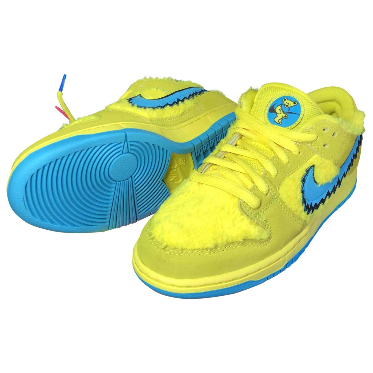 Nike - Baskets SB Dunk  pour homme - jaune