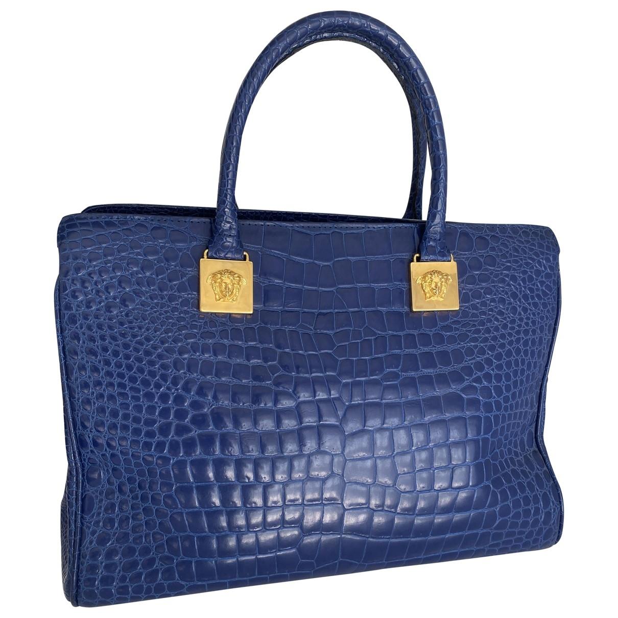 Gianni Versace \N Handtasche in  Blau Leder