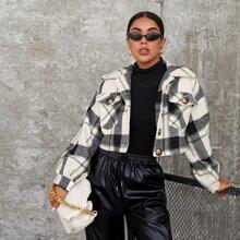 Crop Jacke mit Taschen Klappen und Karo Muster