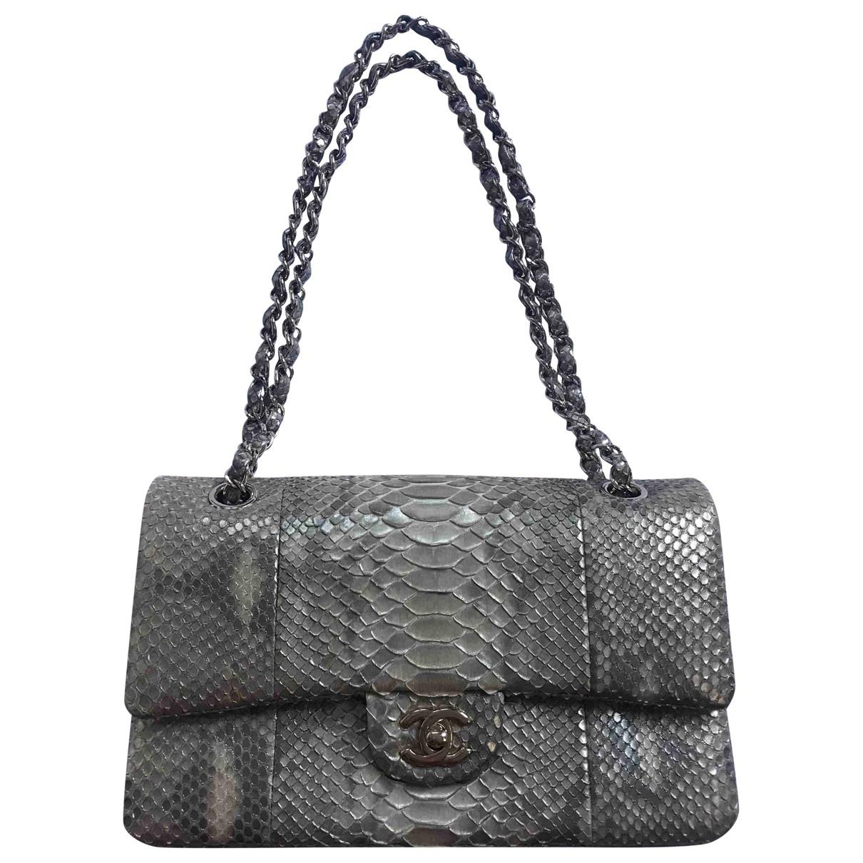 Chanel Timeless/Classique Handtasche in  Gold Python