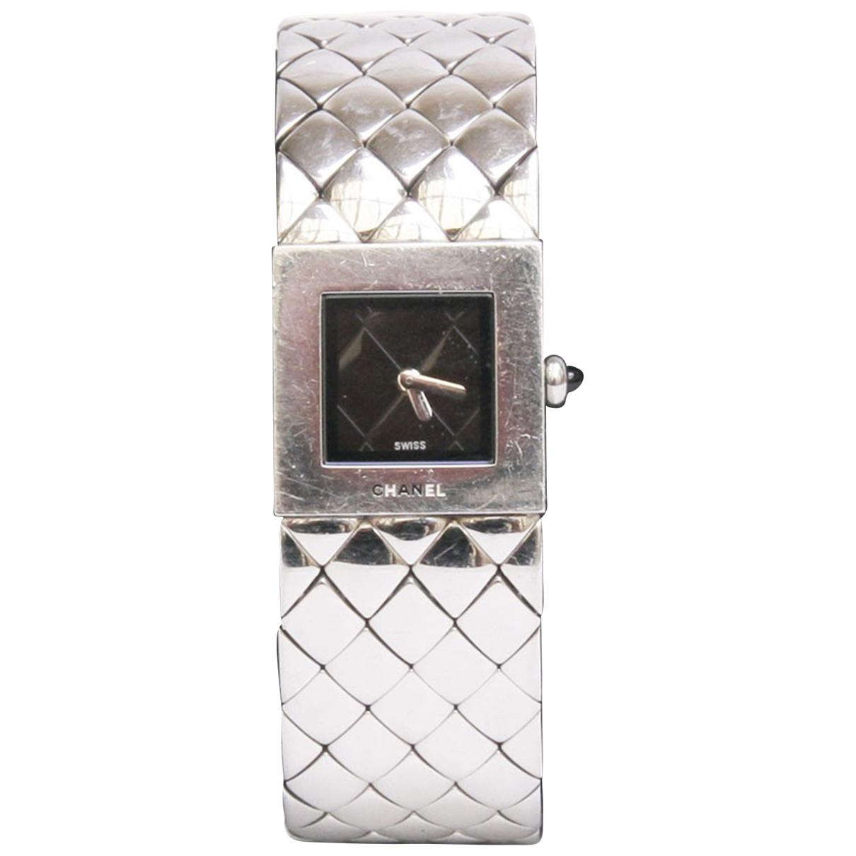 Chanel Matelassee Uhr in  Silber Stahl