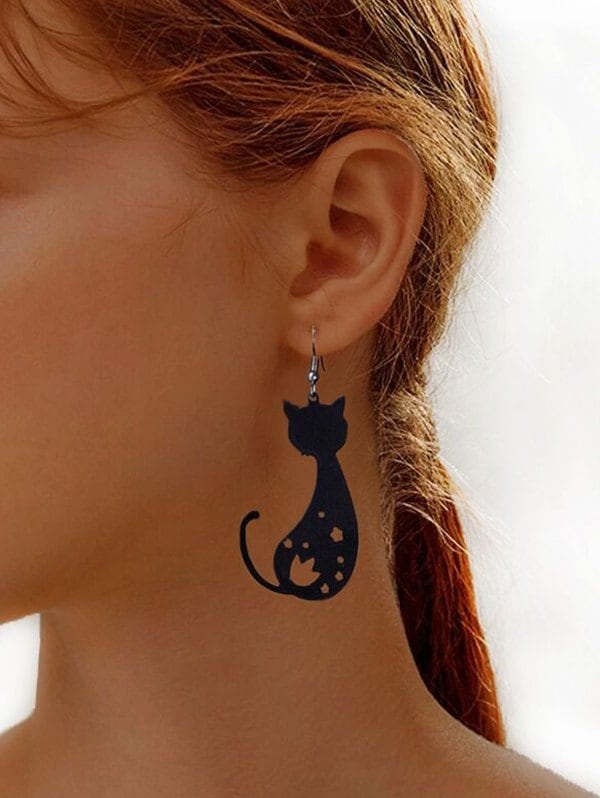 Hollow Cat Shape Hook Dangle Earrings