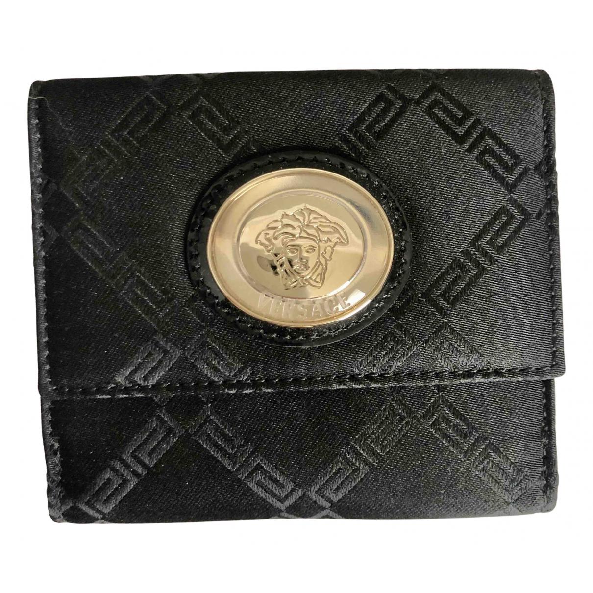 Monedero de Cuero Versace