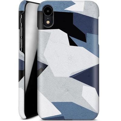 Apple iPhone XR Smartphone Huelle - Geometric Camo Blue von caseable Designs