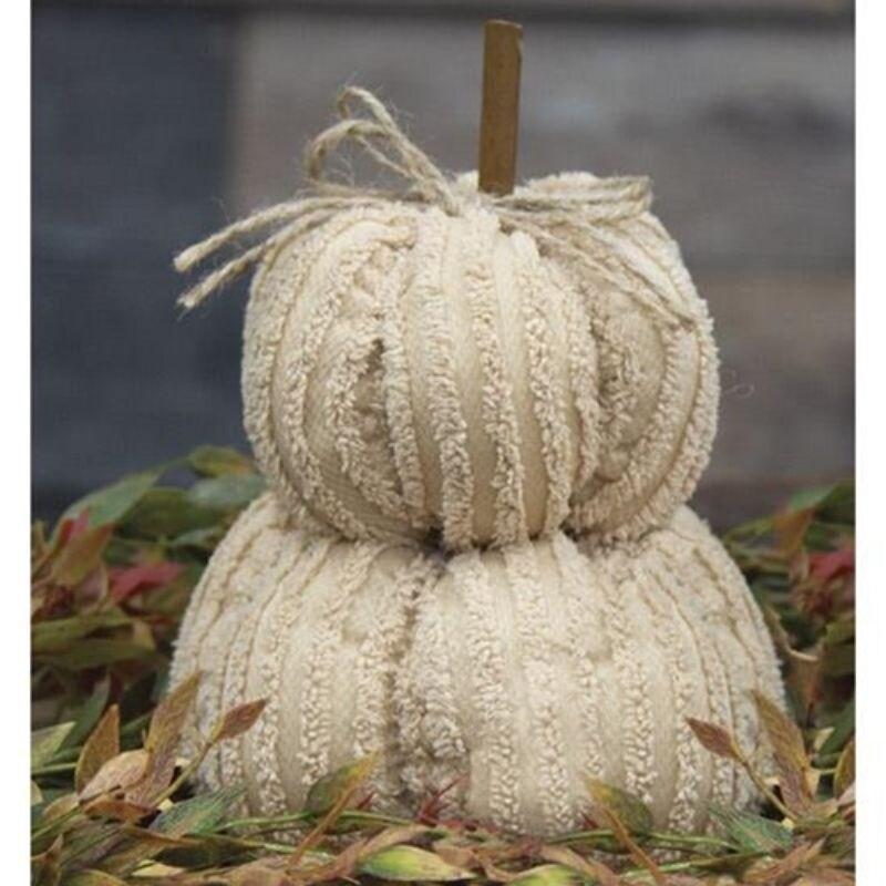Mini Cream Pumpkin Stack - Pictured (Pictured)