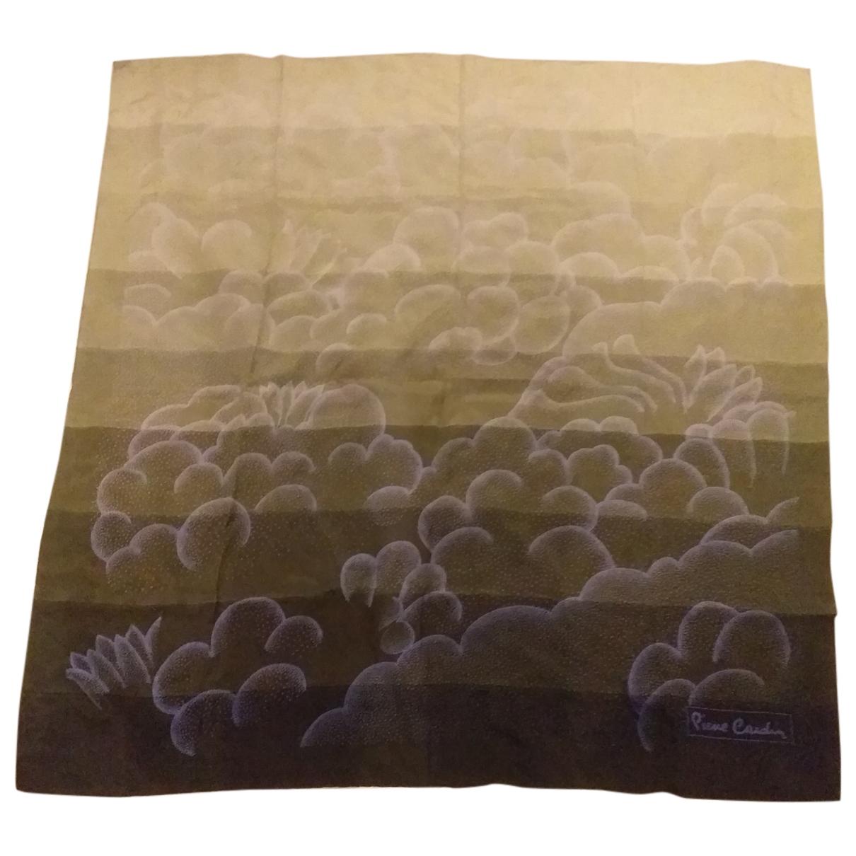 Pañuelo de Seda Pierre Cardin