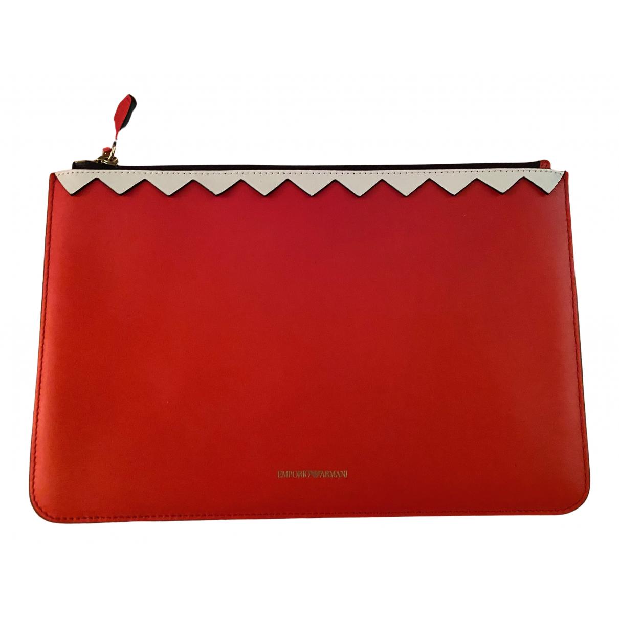 Emporio Armani \N Clutch in  Rot Leder
