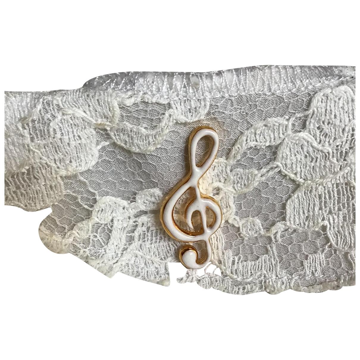 Dolce & Gabbana \N Brosche in  Weiss Metall