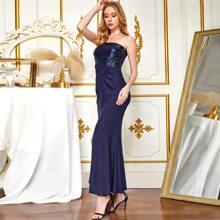 Angel-Fashions Ballkleid mit einer Schulter, Schlitz und Pailletten