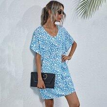 Tunika Kleid mit Muster und Fledermausaermeln