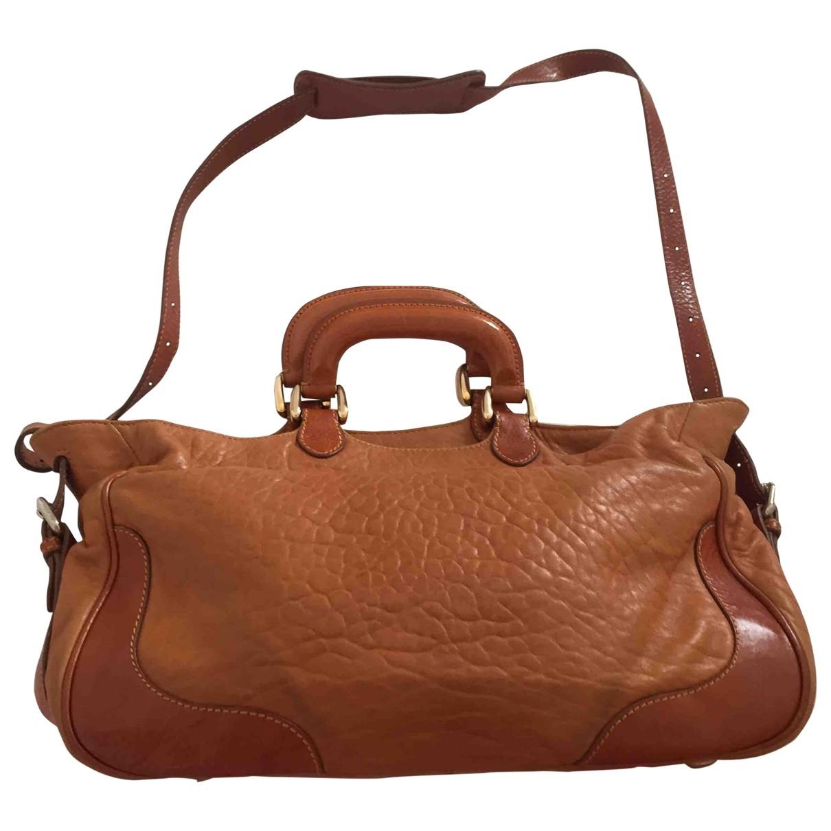 Fendi \N Handtasche in  Camel Leder