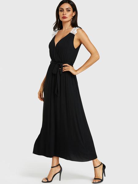 Yoins Black Crochet Lace Embellished Deep V Neck Dress
