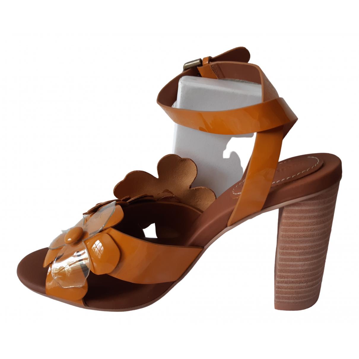 See By Chloe - Sandales   pour femme en cuir verni - camel