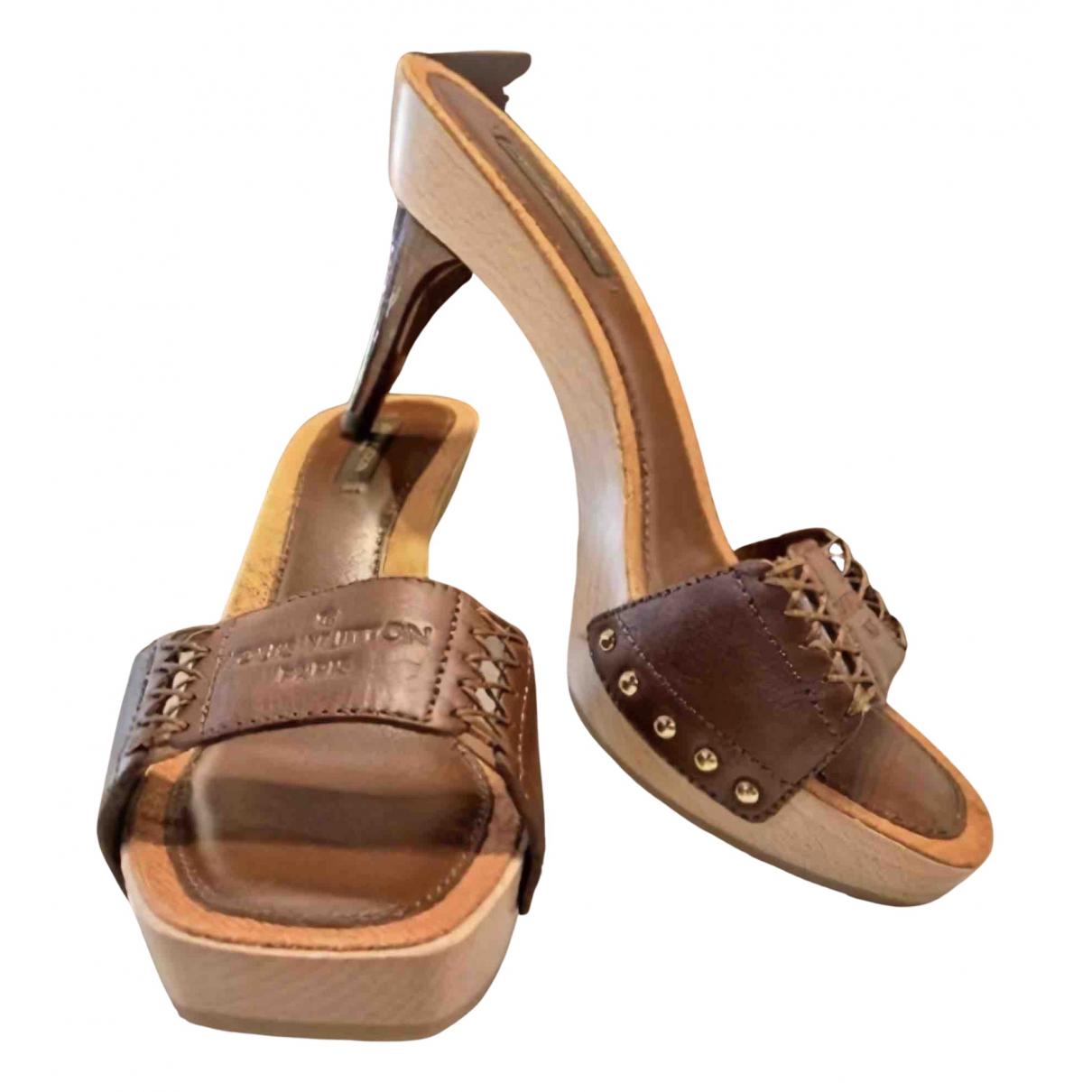 Louis Vuitton - Sandales   pour femme en cuir - marron