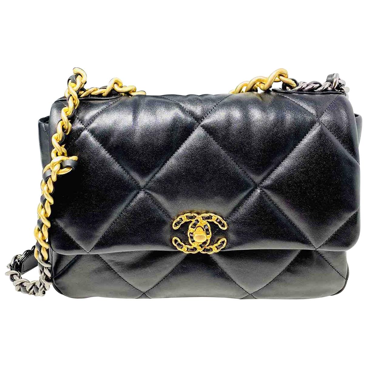 Chanel Chanel 19 Handtasche in  Schwarz Leder