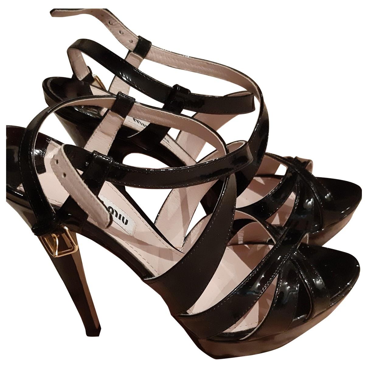 Miu Miu \N Black Patent leather Sandals for Women 37.5 EU