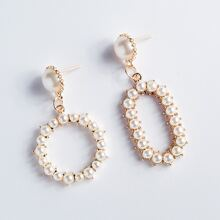 Pendientes largos con redondo con perla artificial