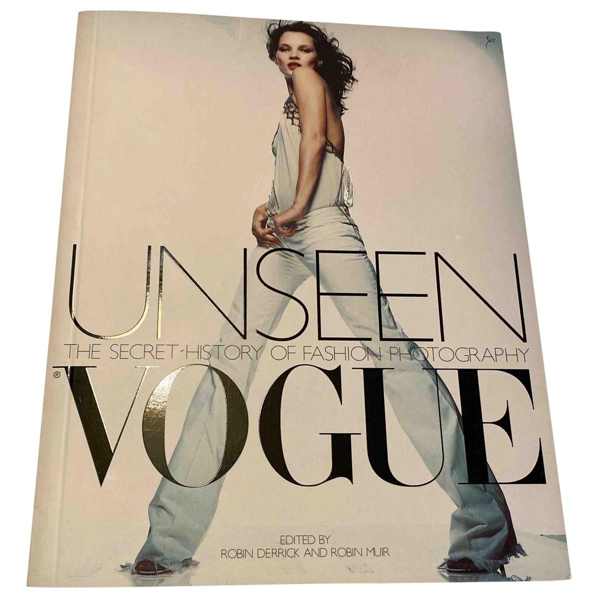 Vogue - Mode   pour lifestyle en autre - blanc
