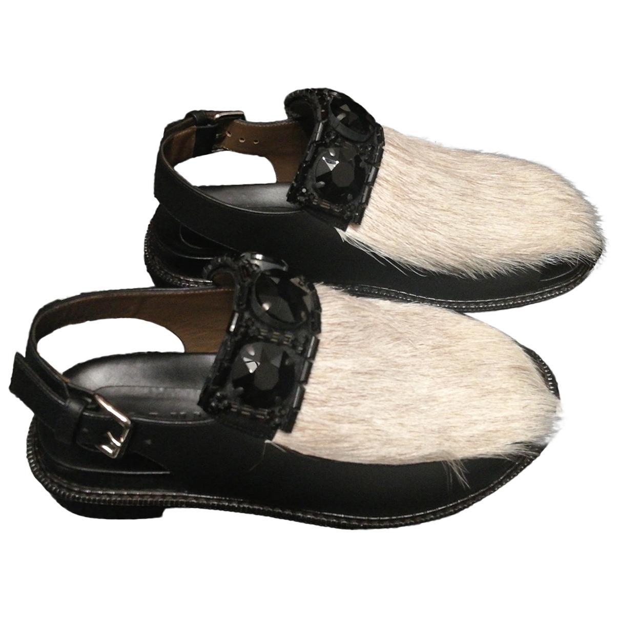 Marni - Sandales   pour femme en fourrure - noir