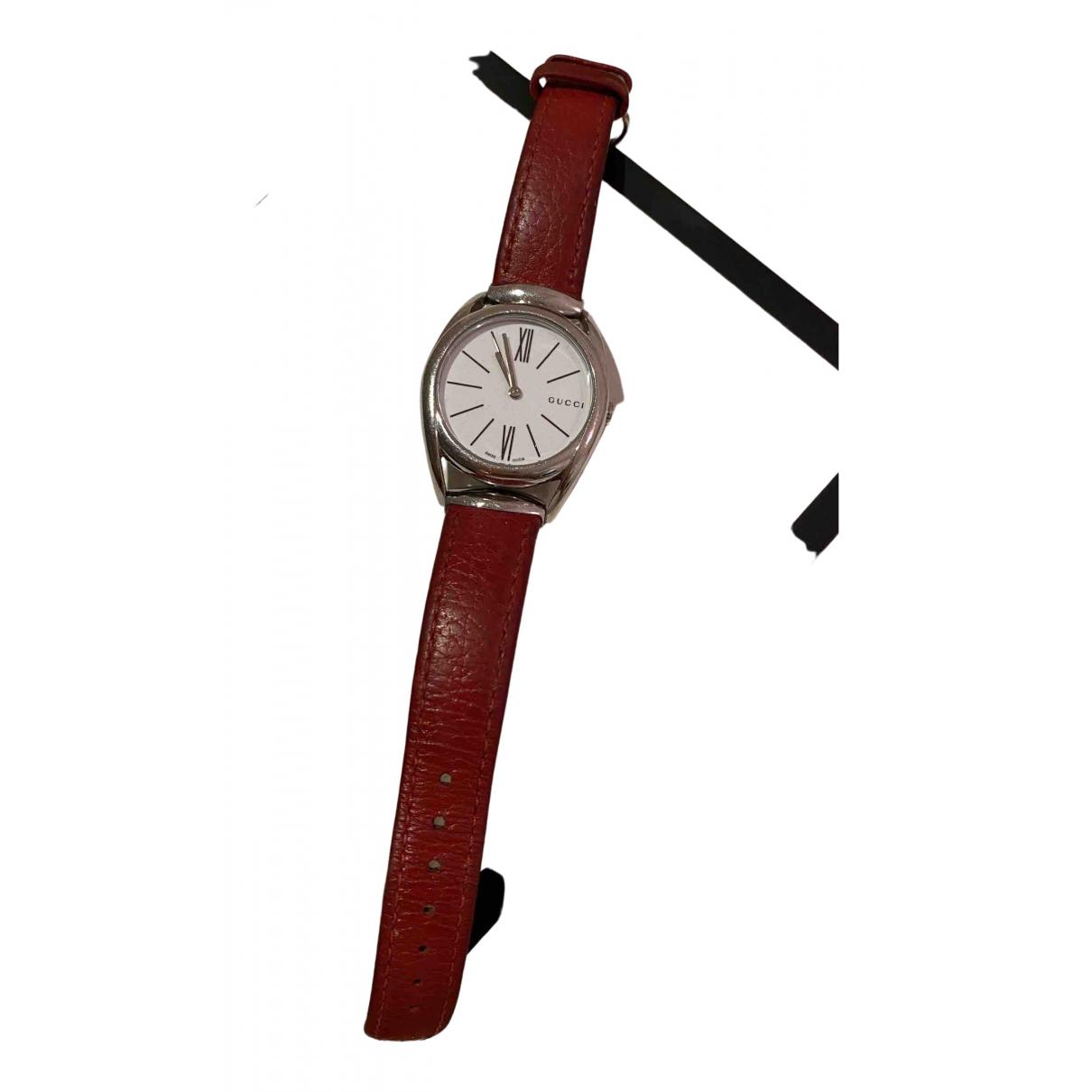 Gucci Horsebit Uhr in  Rot Stahl