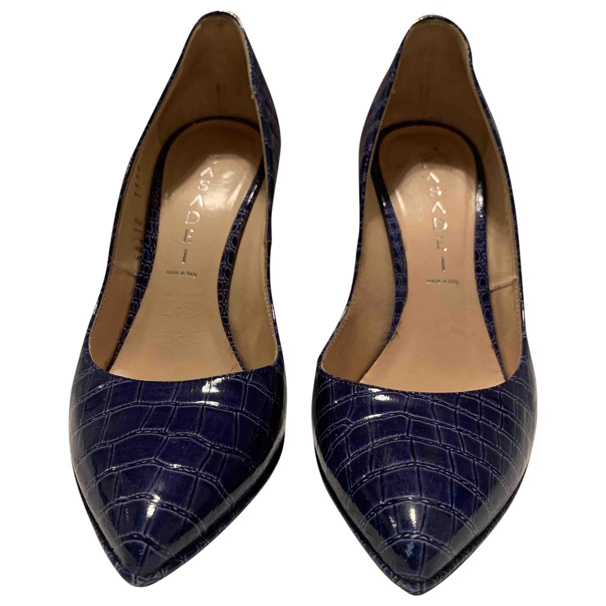 Casadei - Escarpins   pour femme en crocodile - bleu