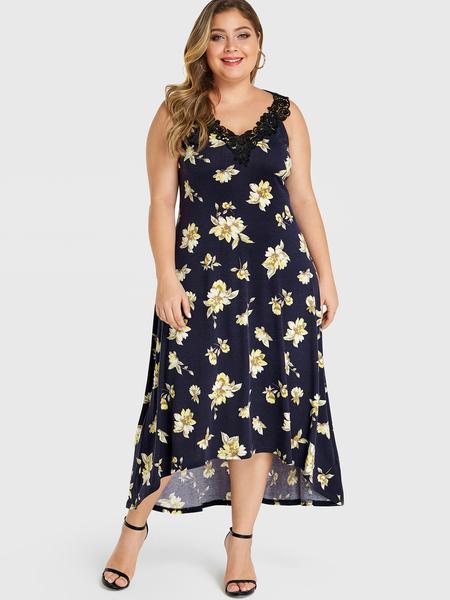 YOINS Plus Size Black Random Floral Print V-neck Dress