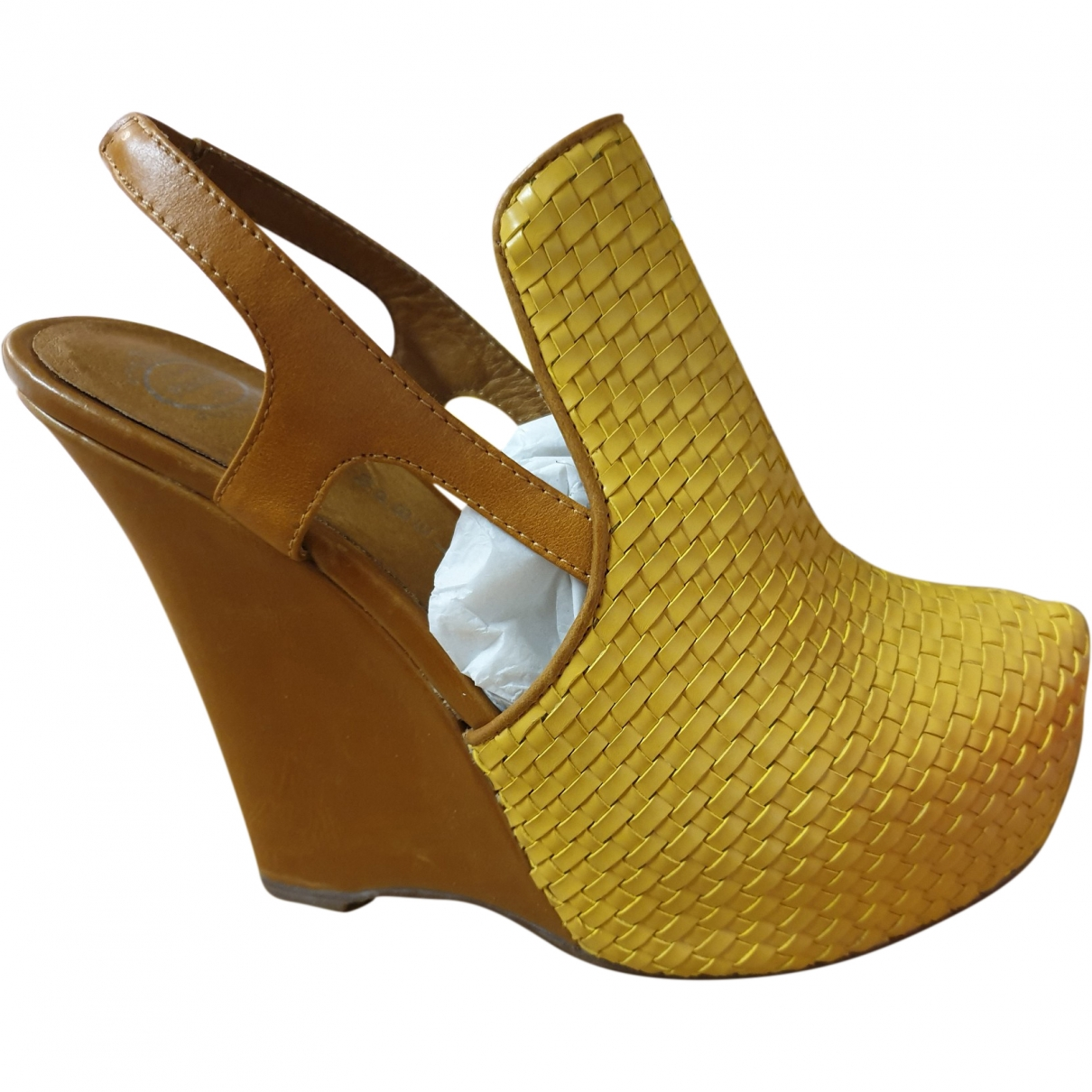 Jeffrey Campbell \N Yellow Leather Sandals for Women 38 EU